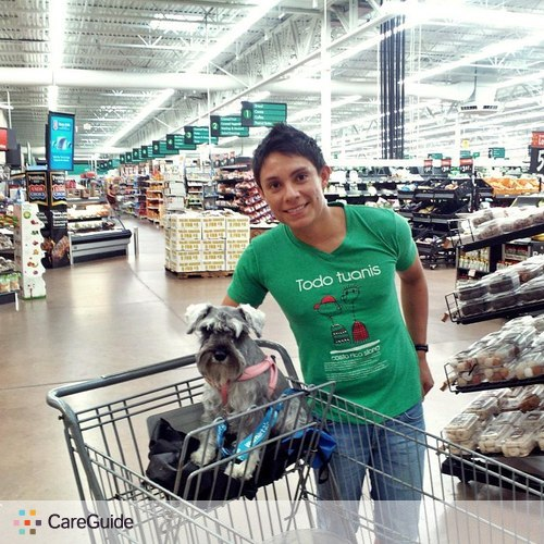 Pet Care Provider Leonardo Morales's Profile Picture
