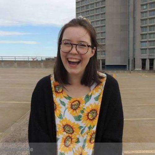 Canadian Nanny Provider Maggie Cronin's Profile Picture