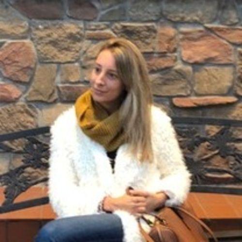 Canadian Nanny Provider Isabella P's Profile Picture