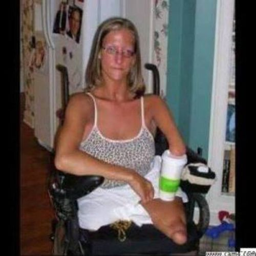 Physically Challenged Adult Seeking Live-In Preferrable or On-call in Nicholasville, Kentucky