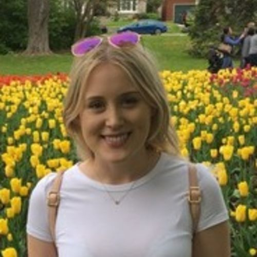 Canadian Nanny Provider Larissa W's Profile Picture