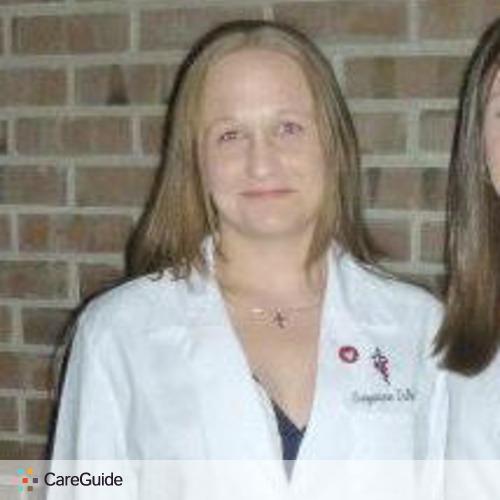 Pet Care Provider Suzanne DiNello's Profile Picture