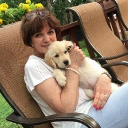 Pet Care Provider Bette T's Profile Picture