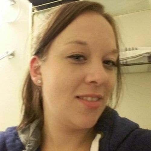 Housekeeper Provider Kristina Edwards's Profile Picture