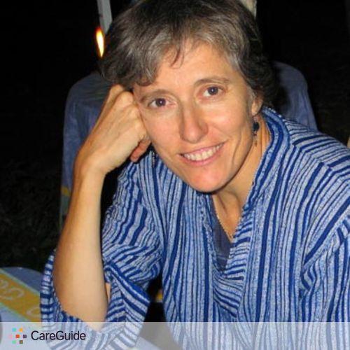 Writer Provider Elenie O's Profile Picture
