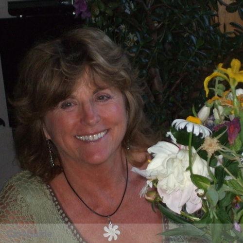 House Sitter Provider Vel Vette's Profile Picture