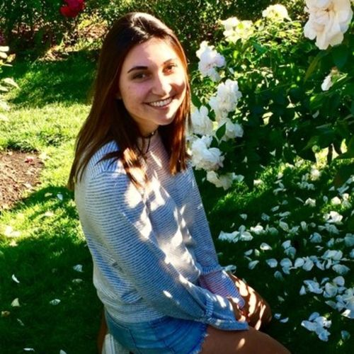 House Sitter Provider Christina Graves's Profile Picture
