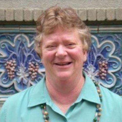 House Sitter Provider Vivian F's Profile Picture