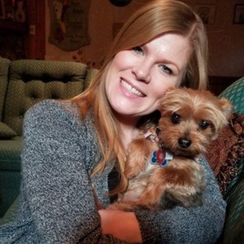 Pet Care Provider Shelly I's Profile Picture