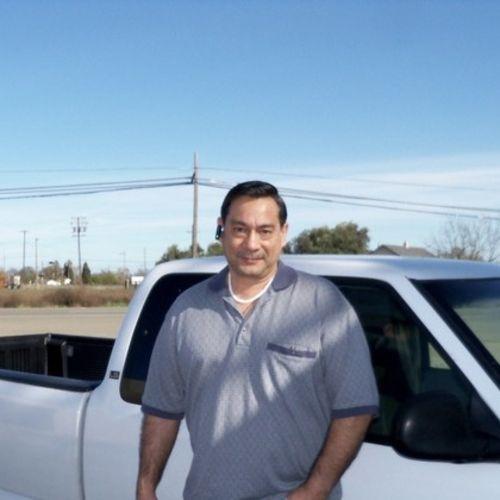 Handyman Provider Santy R's Profile Picture
