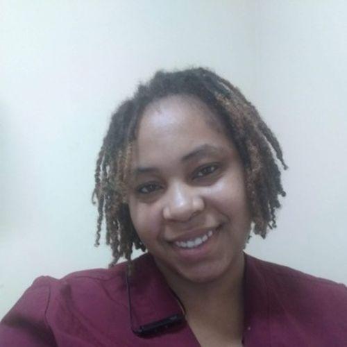 Elder Care Provider Shanae D's Profile Picture
