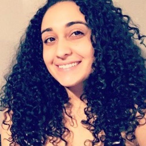 House Sitter Provider Melissa Davila's Profile Picture