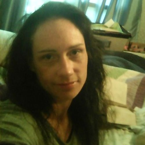Housekeeper Provider Kristen Lewis's Profile Picture