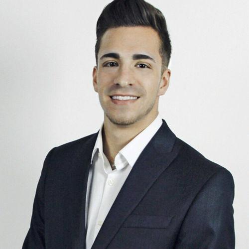House Sitter Provider Cody Carson's Profile Picture