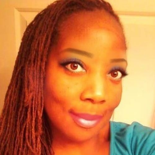 House Sitter Provider Chrystal Holcomb's Profile Picture