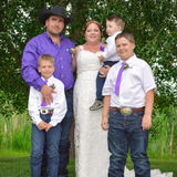 Family, Pet Care, Swimming Supervision, Homework Supervision in Lacombe