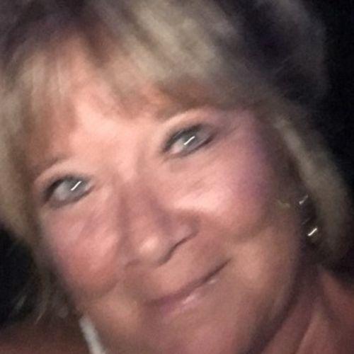 Pet Care Provider Joyce O's Profile Picture