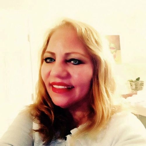 House Sitter Provider Rosa Valenzuela's Profile Picture