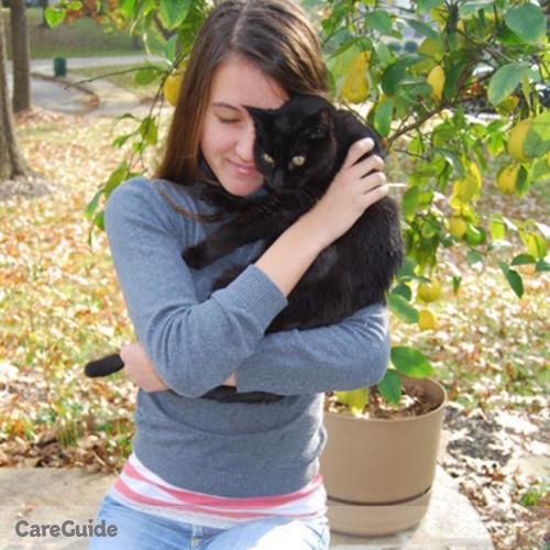 House Sitter Provider Mackenzie Burnett's Profile Picture