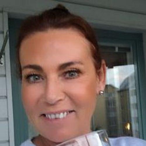 House Sitter Provider Elisabeth H's Profile Picture