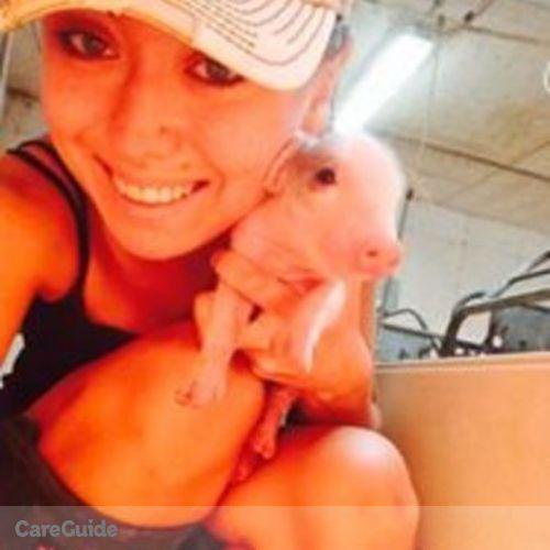 Pet Care Provider Nicole Robertson's Profile Picture