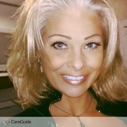 Housekeeper Provider Robin Davis's Profile Picture