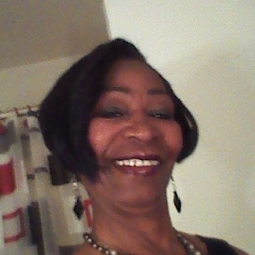 House Sitter Provider Vivian Wright's Profile Picture