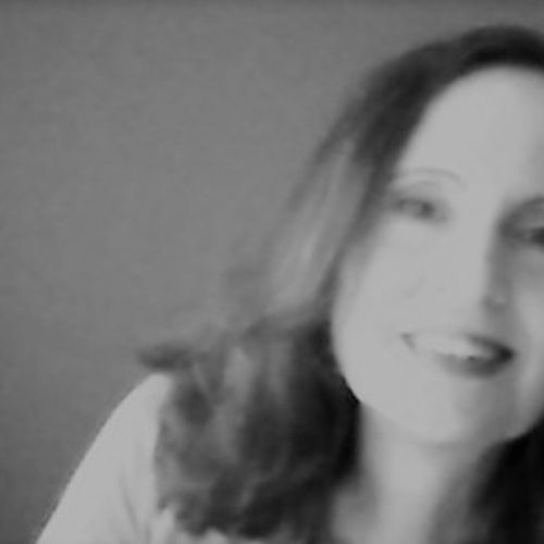 House Sitter Provider Leslie Marlowe's Profile Picture