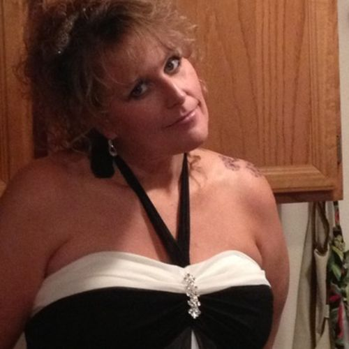 Housekeeper Provider Holly Hagel's Profile Picture