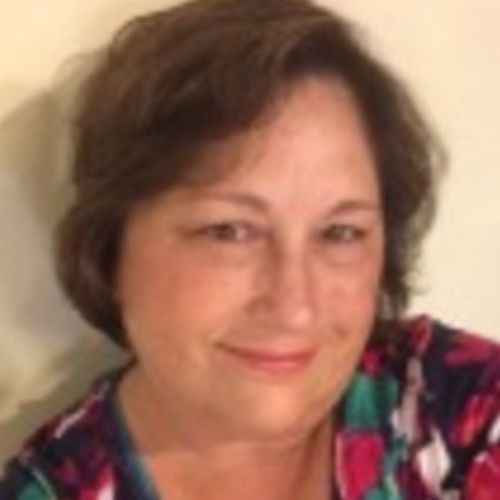 House Sitter Provider Lyn F's Profile Picture