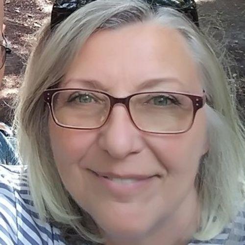 House Sitter Provider Diane R's Profile Picture
