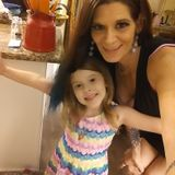 Available: Qualified House and Petsitter, caretaker, babysitter and all around domestic expert l in Fort Myers Beach, Florida