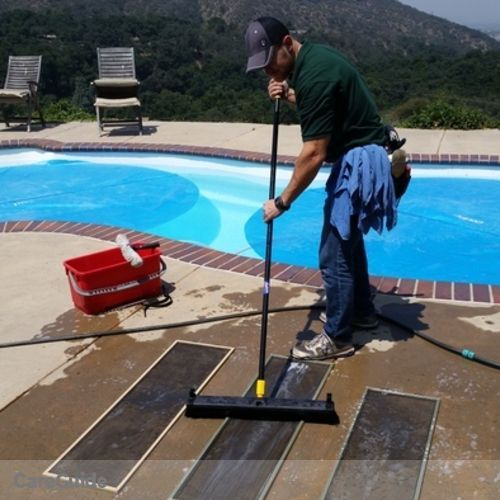 Housekeeper Provider Carl Prox Window Cleaning's Profile Picture