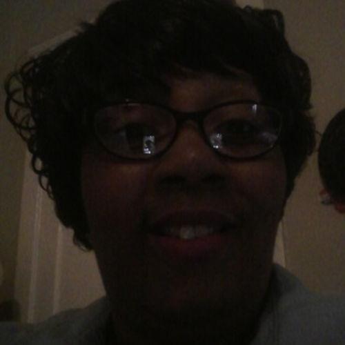 Housekeeper Provider Henrietta H's Profile Picture