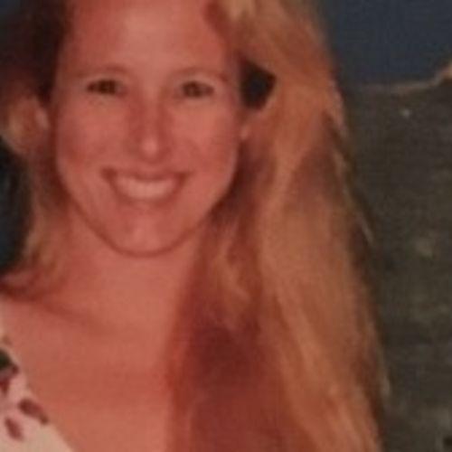 Pet Care Provider Aline Weidel's Profile Picture