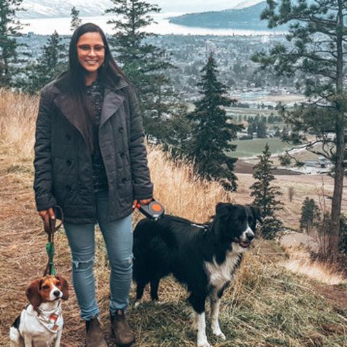 Pet Care Provider Marines L's Profile Picture