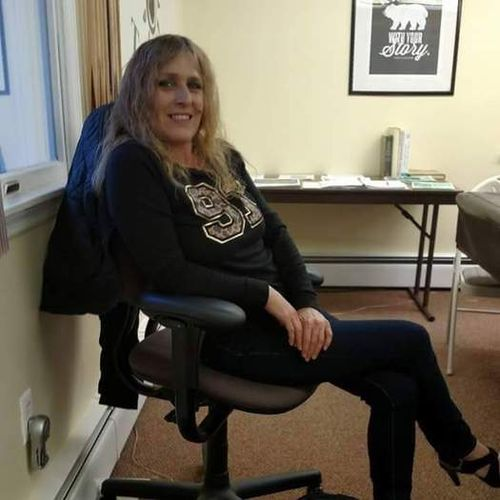 House Sitter Provider Athena Weaver's Profile Picture