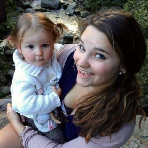 Canadian Nanny Provider Amy M's Profile Picture