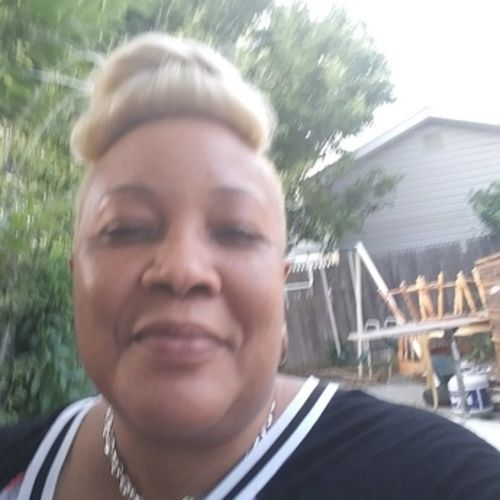 House Sitter Provider Juliet Jones's Profile Picture
