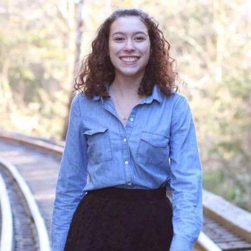 House Sitter Provider Alexandra Disla's Profile Picture