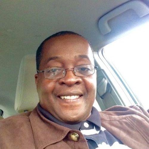 House Sitter Provider Simon Pierre's Profile Picture