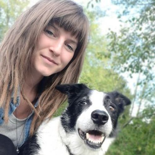 Pet Care Provider Nadine B's Profile Picture