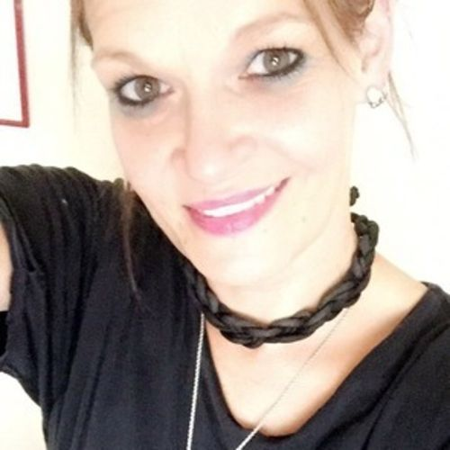 House Sitter Provider Heather Pavone's Profile Picture