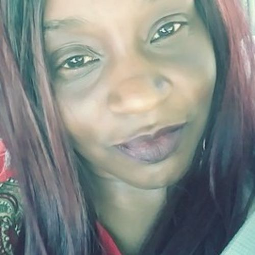 House Sitter Provider Crencenthia B's Profile Picture