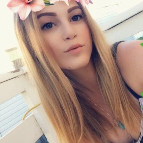 Canadian Nanny Provider Danielle M's Profile Picture