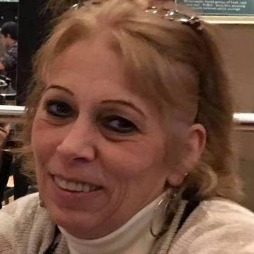 Pet Care Provider Laura Z's Profile Picture