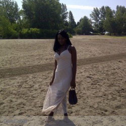 Canadian Nanny Provider Elizabeth O's Profile Picture
