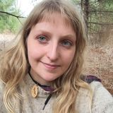 Sitter looking for part-time currently. Love the outdoors and connecting kids to nature!