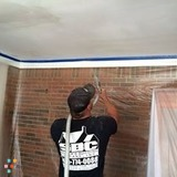 Painter in Panama City