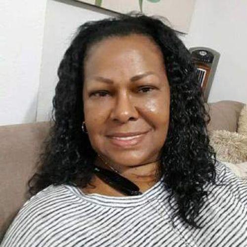 Child Care Provider Flor Echavarria's Profile Picture